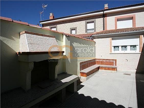 Casa en alquiler en Sariegos - 313283868