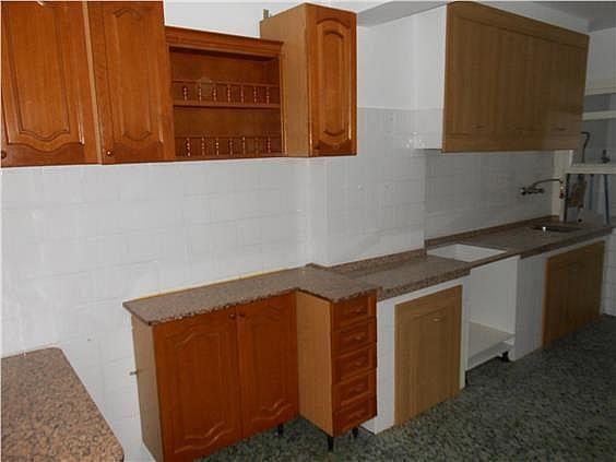 Piso en alquiler en calle Capitan Juan Varela, Cuatro Caminos-Plaza de la Cubela en Coruña (A) - 329217887