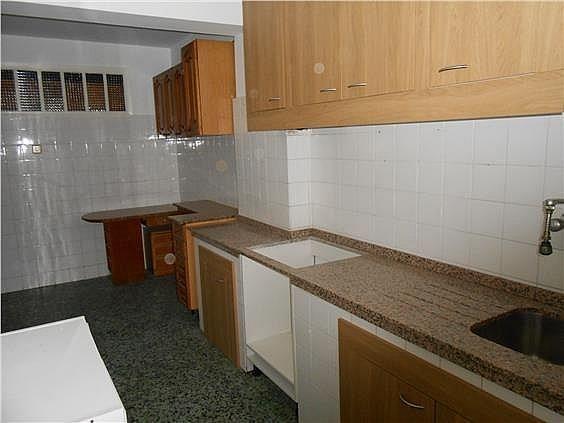Piso en alquiler en calle Capitan Juan Varela, Cuatro Caminos-Plaza de la Cubela en Coruña (A) - 329217896