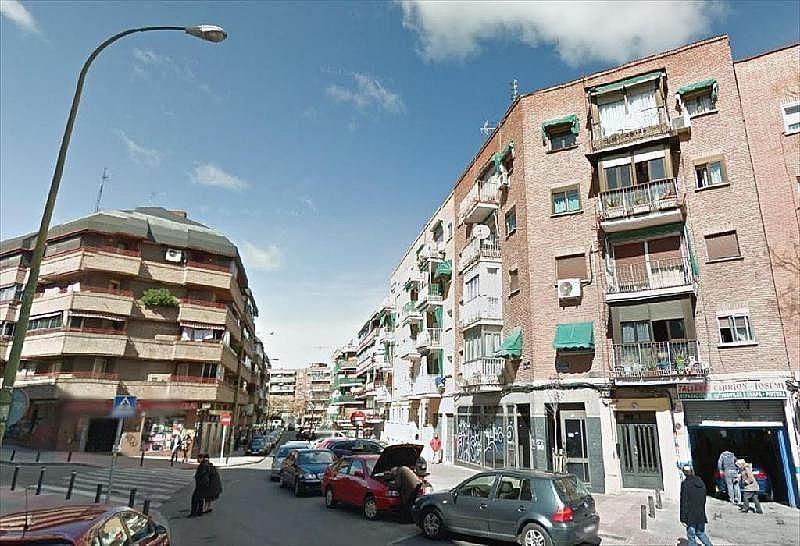 Local comercial en alquiler en calle Alondra Esqu Ramón Sainz, Carabanchel en Madrid - 357260304