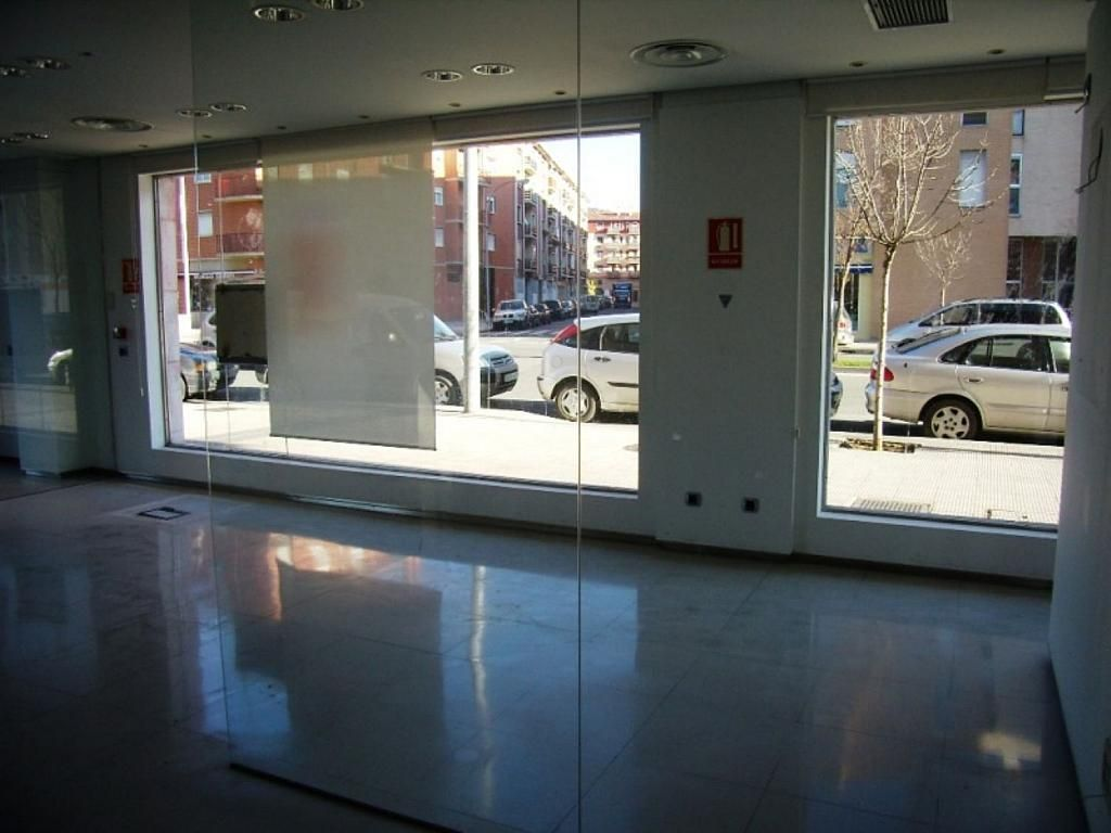 Local comercial en alquiler en calle Bernardino Tirapu, Rochapea en Pamplona/Iruña - 316745413