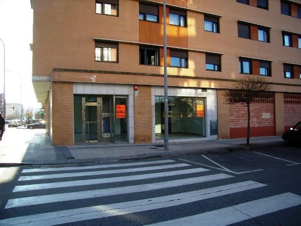 Local comercial en alquiler en calle Bernardino Tirapu, Rochapea en Pamplona/Iruña - 316745422