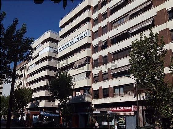 Parking en alquiler en calle Avda de Cervantesalonso de Burgos, Centro en Córdoba - 359535936