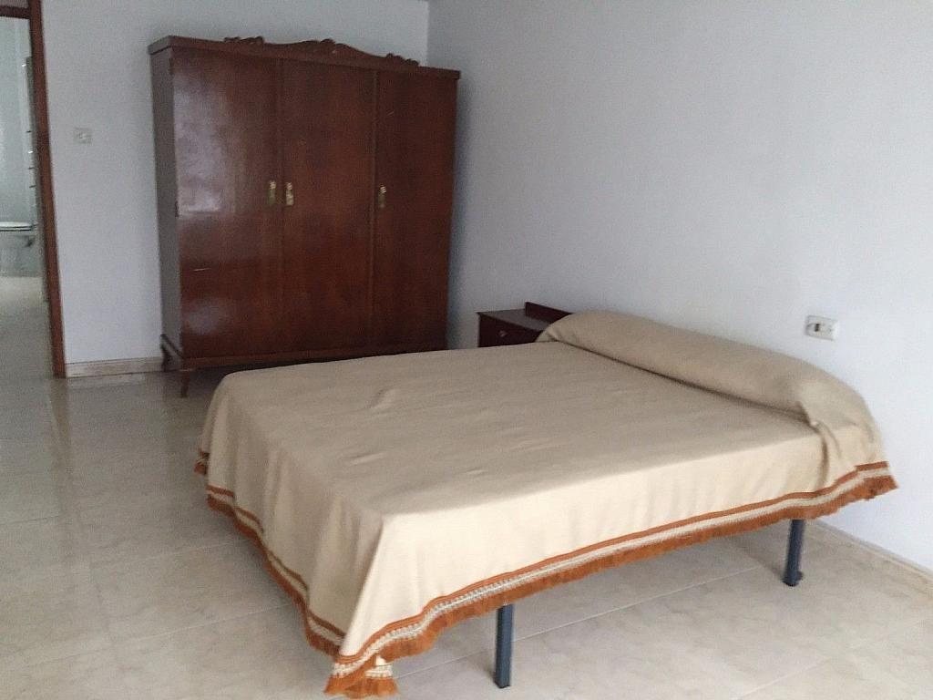 Piso en alquiler en calle De Lugo, Santiago de Compostela - 358089470