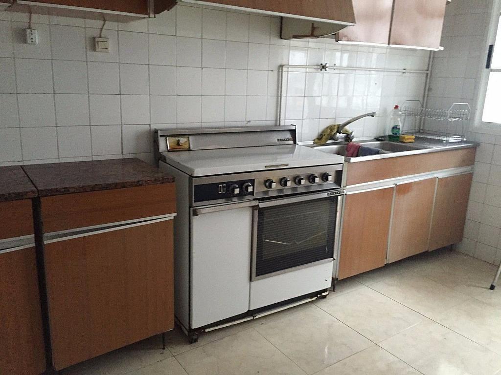 Piso en alquiler en calle De Lugo, Santiago de Compostela - 358089488