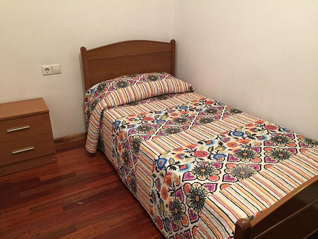 Piso en alquiler en calle De Sánchez Freire, Santiago de Compostela - 358094333