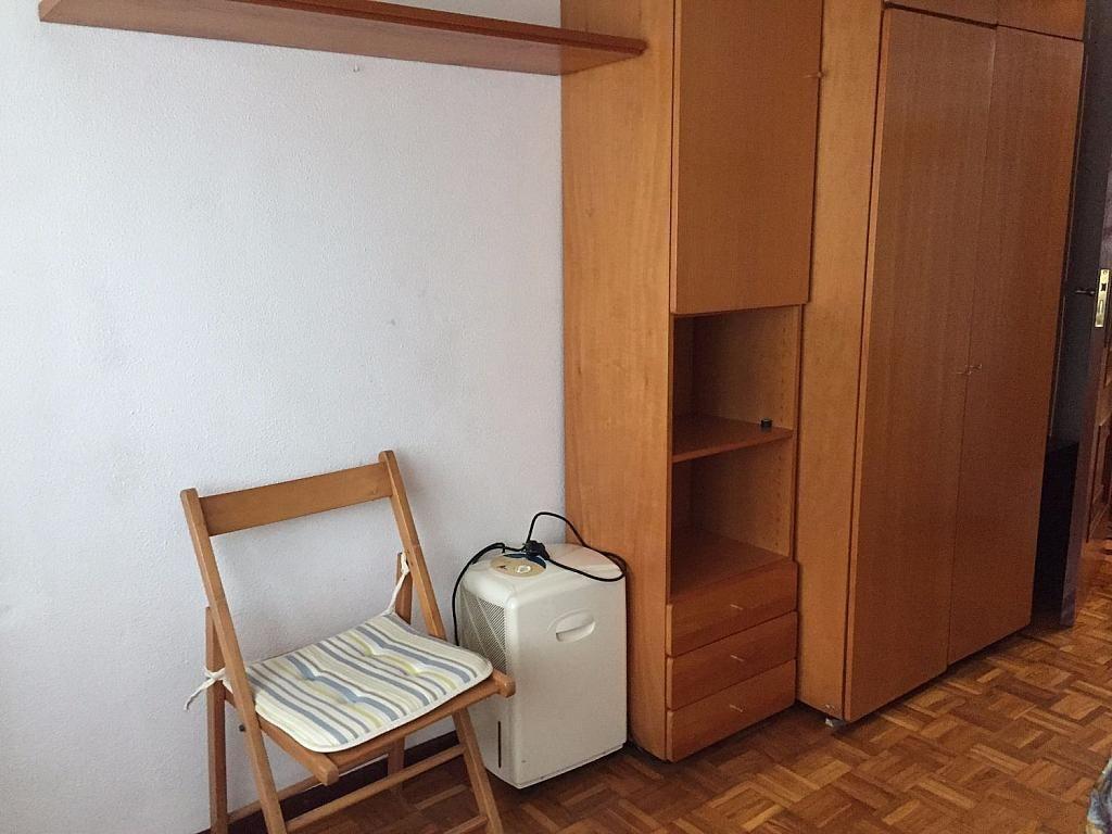 Piso en alquiler en calle Santa Uxia de Ribeira, Santiago de Compostela - 358096865
