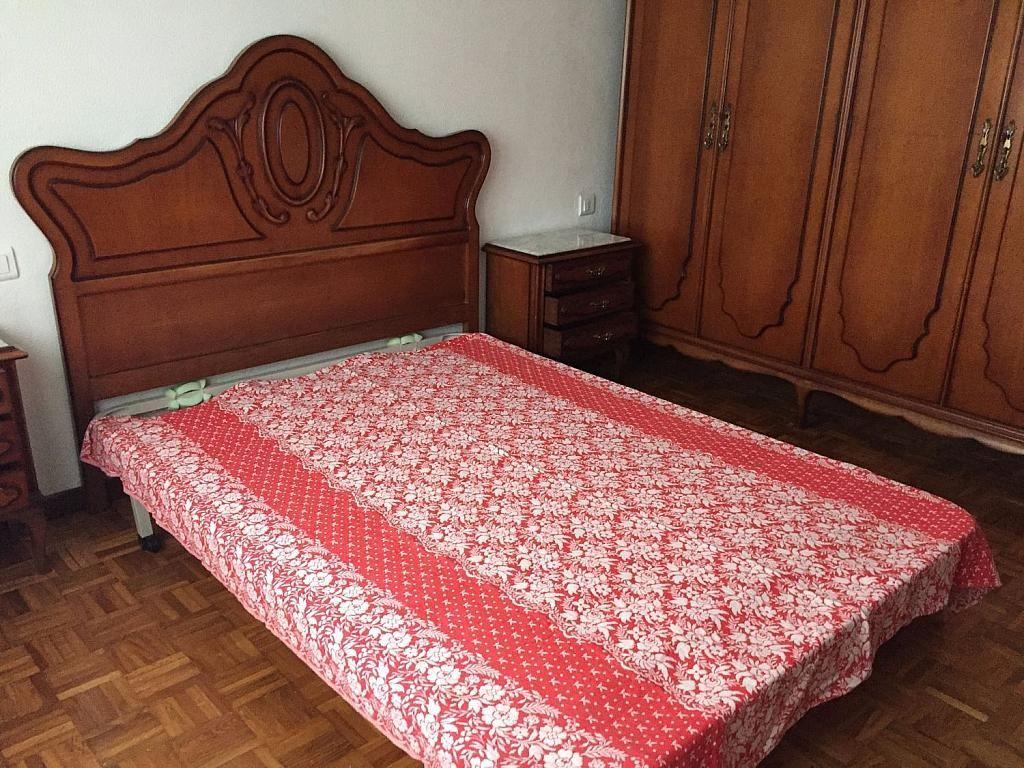 Piso en alquiler en calle Santa Uxia de Ribeira, Santiago de Compostela - 358096880