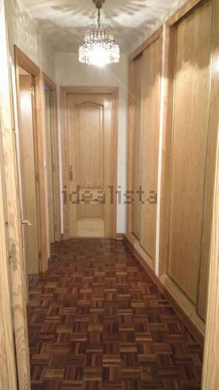Piso en alquiler en calle Romero Donallo, Santiago de Compostela - 358097399