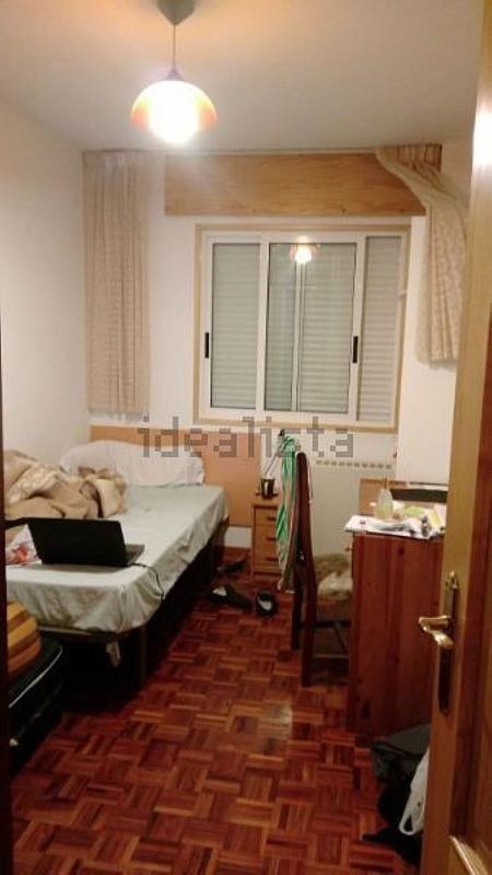 Piso en alquiler en calle Romero Donallo, Santiago de Compostela - 358097405