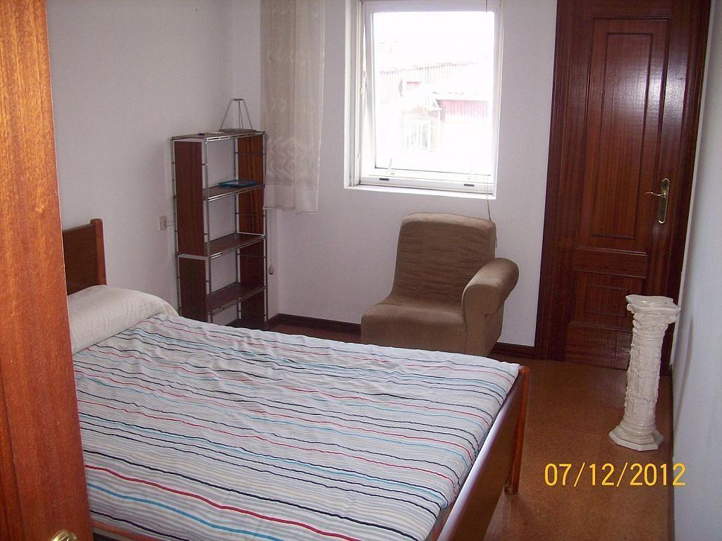 Piso en alquiler en calle De Castelao, Santiago de Compostela - 358097570