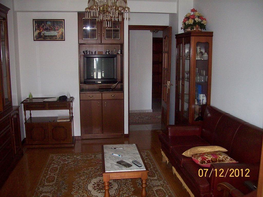 Piso en alquiler en calle De Castelao, Santiago de Compostela - 358097576