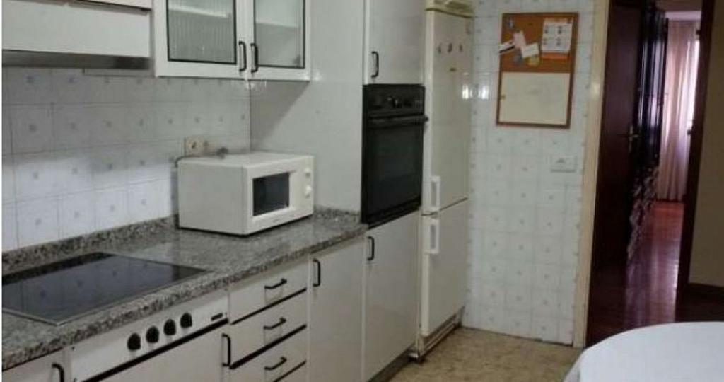 Piso en alquiler en calle Santiago de Chile, Santiago de Compostela - 358098188