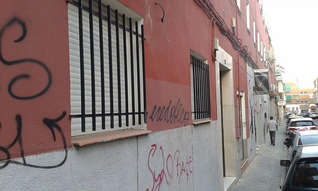 Local comercial en alquiler en calle De Antolina Merino, Vista Alegre en Madrid - 337203653