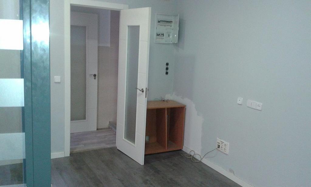Local comercial en alquiler en calle De Antolina Merino, Vista Alegre en Madrid - 337203662
