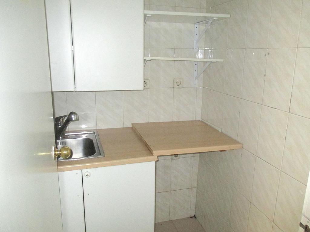 Oficina en alquiler en calle De Fernández de Los Rios, Chamberí en Madrid - 341982888