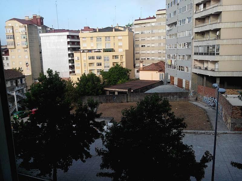 Foto - Piso en alquiler en calle Balaidos, As Travesas-Balaídos en Vigo - 322093279
