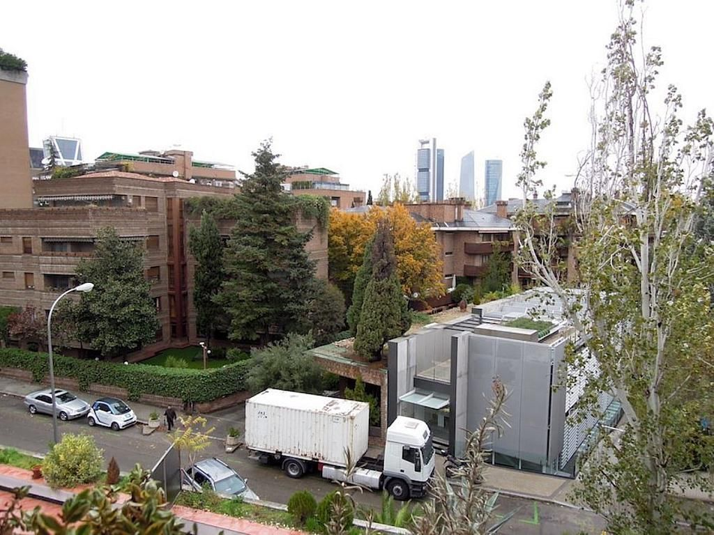 Dúplex en alquiler en calle Apolonio Morales, Nueva España en Madrid - 353030302