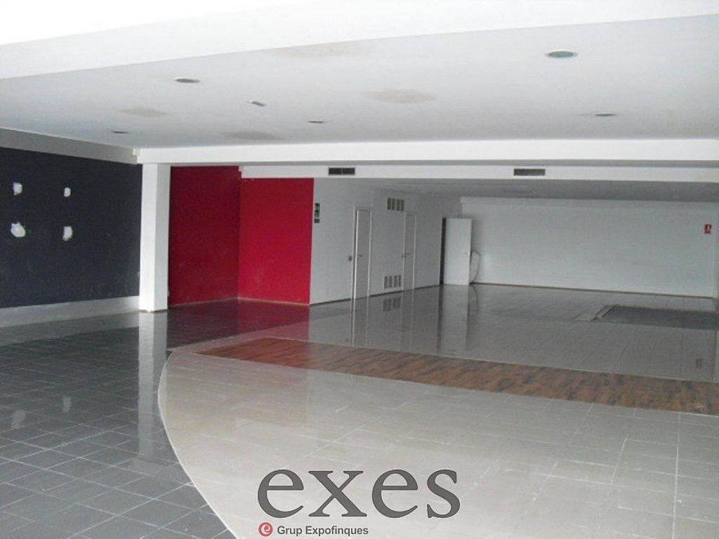 Local comercial en alquiler en Sant Cugat del Vallès - 359242324