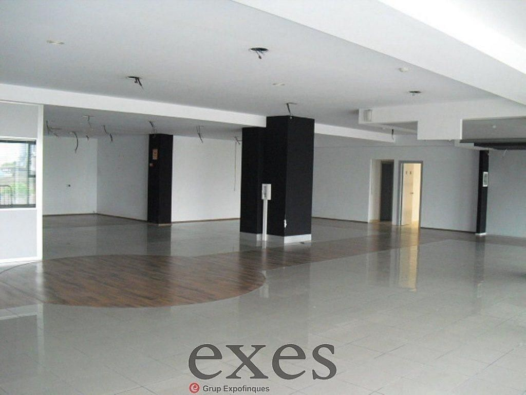 Local comercial en alquiler en Sant Cugat del Vallès - 359242330
