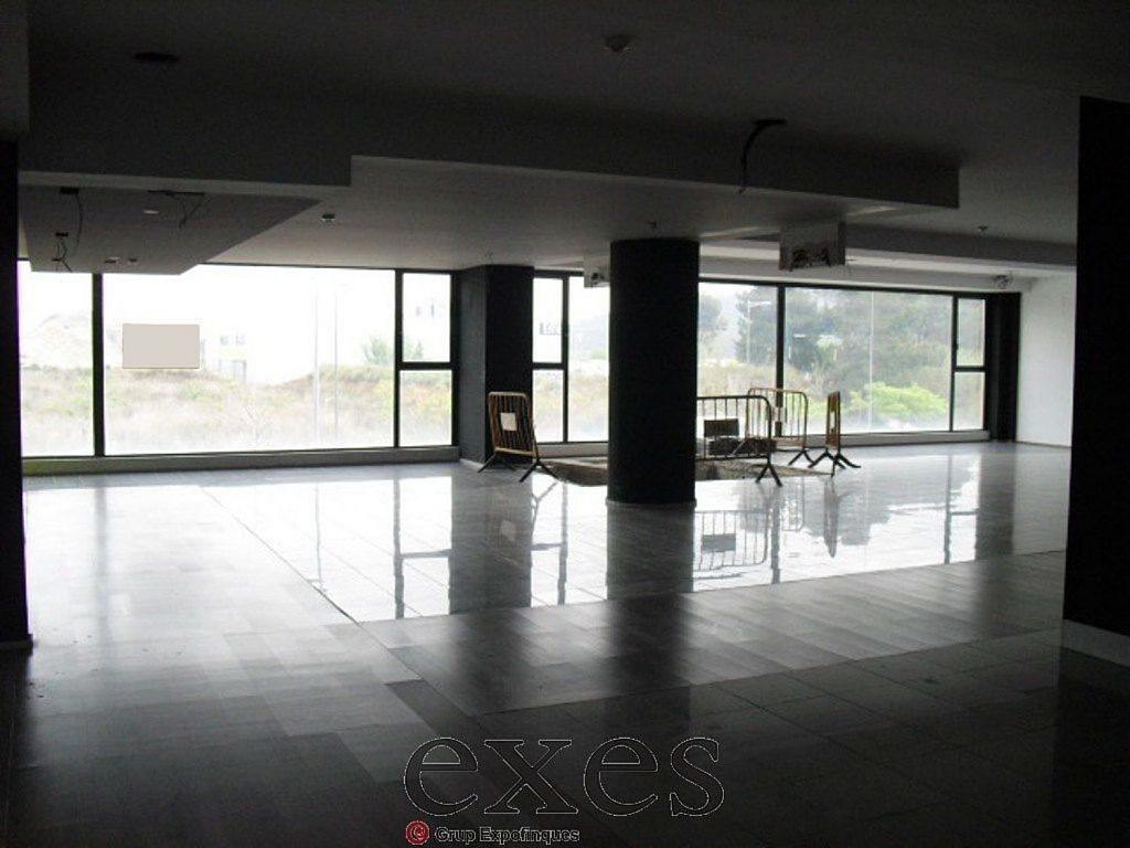 Local comercial en alquiler en Sant Cugat del Vallès - 359242339