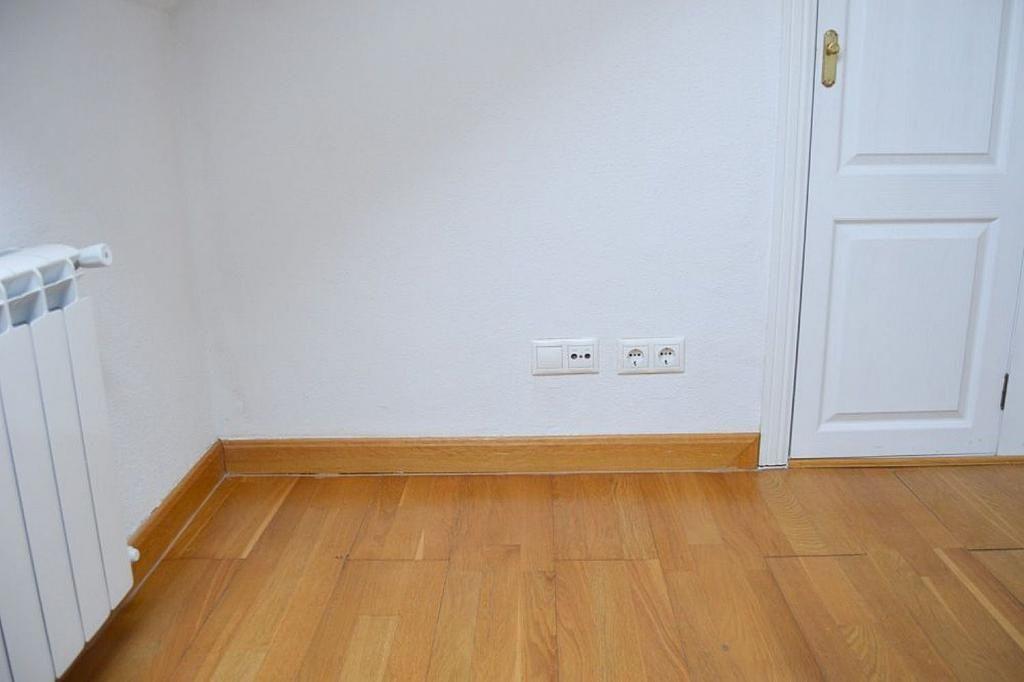 Dúplex en alquiler en calle San Francisco, San Lorenzo de El Escorial - 329905977
