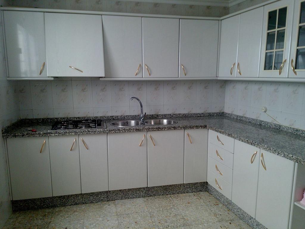 Casa adosada en alquiler en Lucena - 358724324