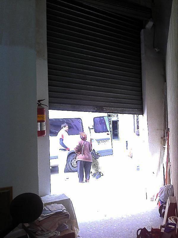 Local comercial en alquiler en L´Olivereta en Valencia - 358353811
