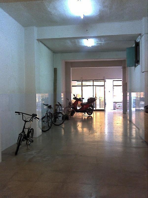 Local comercial en alquiler en El Botànic en Valencia - 358351489