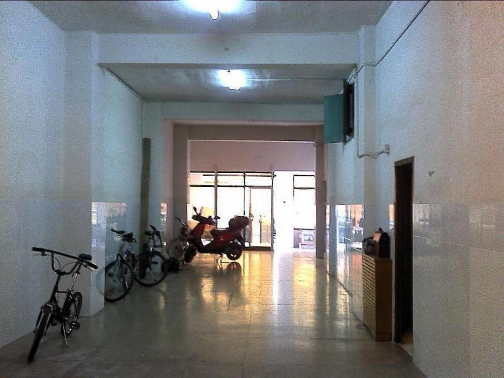 Local comercial en alquiler en El Botànic en Valencia - 358351492