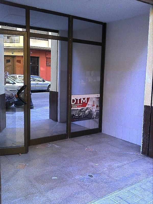 Local comercial en alquiler en El Botànic en Valencia - 358351510