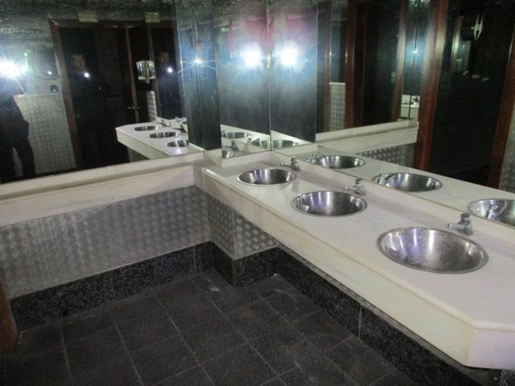 Local comercial en alquiler en La Petxina en Valencia - 358408240