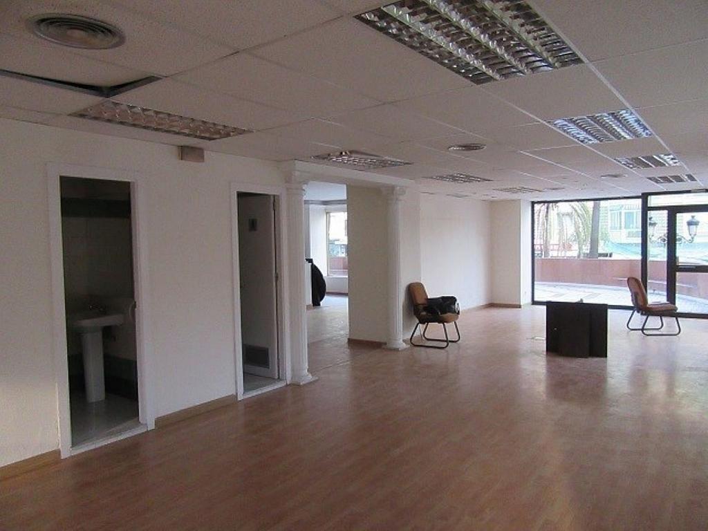 Local comercial en alquiler en Jacinto Benavente-Ricardo Soriano en Marbella - 379678336