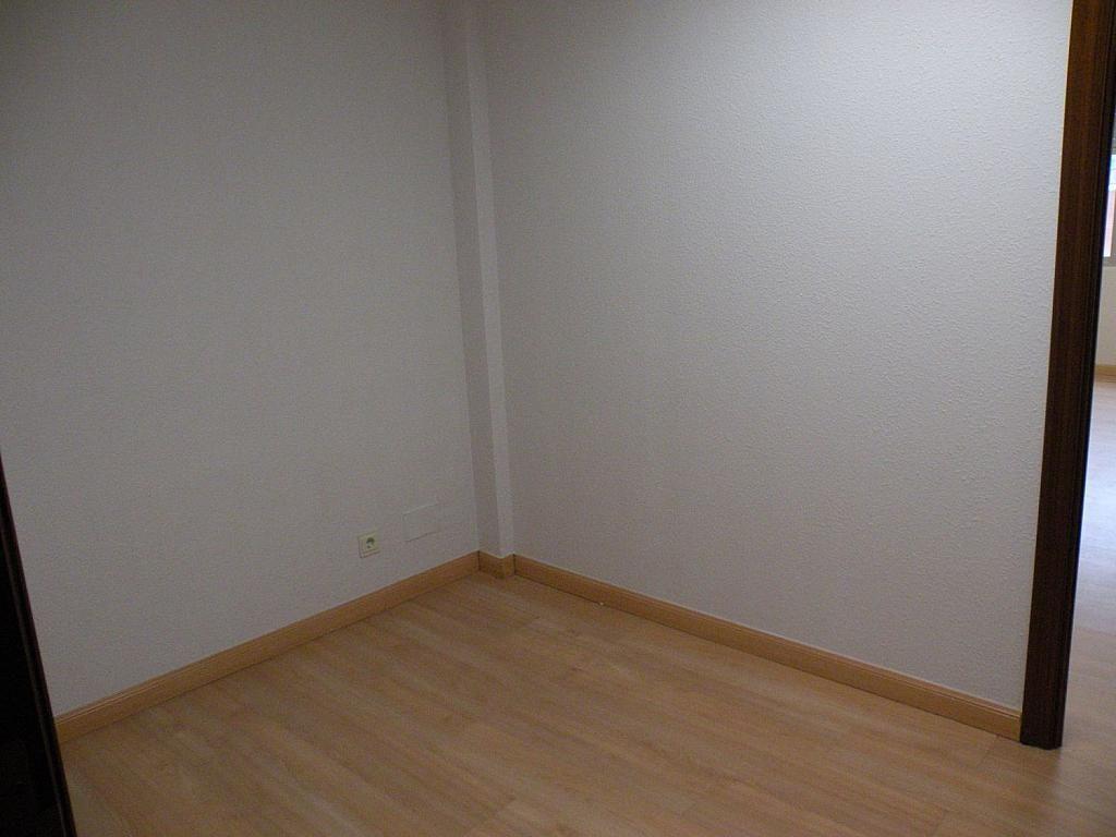 Oficina en alquiler en calle Pedro Aranaz, Azpilagaña en Pamplona/Iruña - 358642951