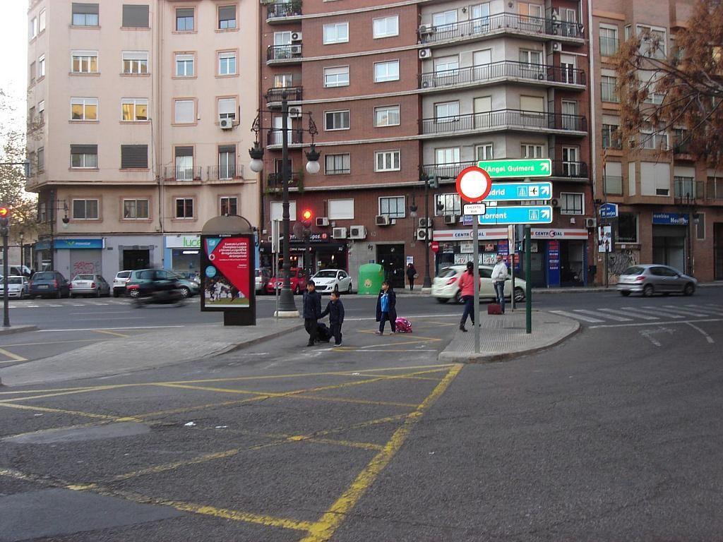 Local comercial en alquiler en Arrancapins en Valencia - 341343568