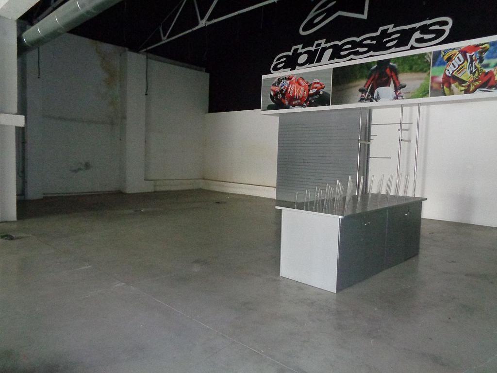 Local comercial en alquiler en calle San Vicente, La Raïosa en Valencia - 341343535