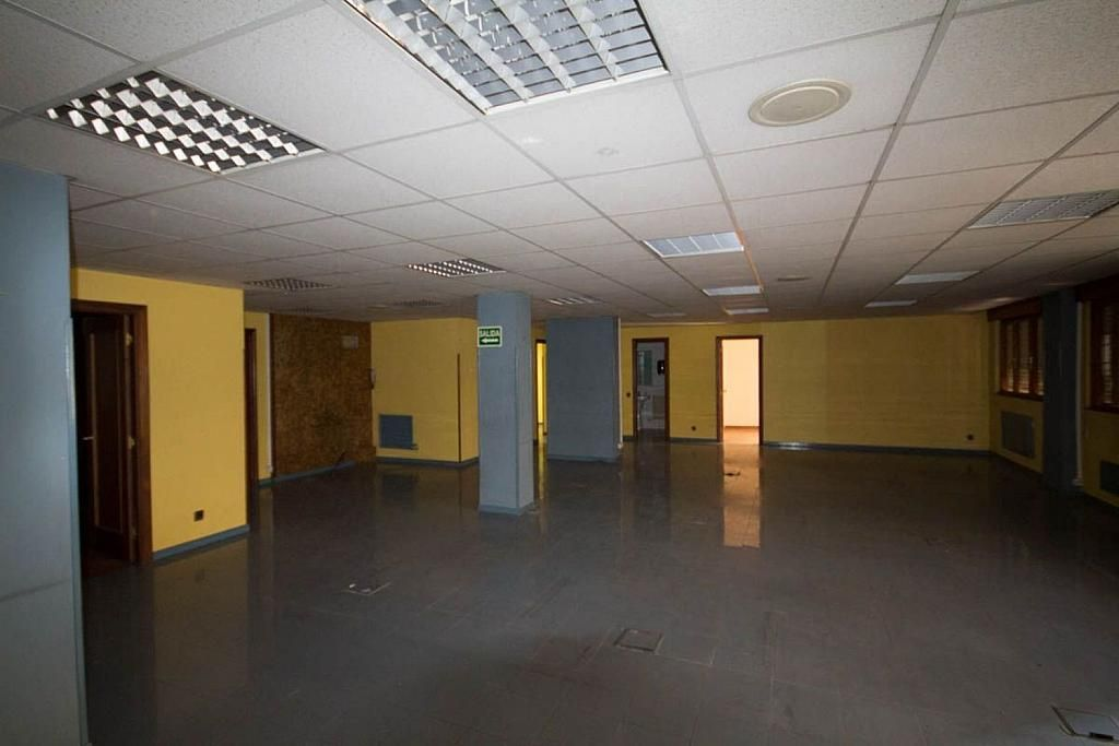 Nave industrial en alquiler en calle Félix Aramburu, Auditorio-Parque Invierno en Oviedo - 343356761