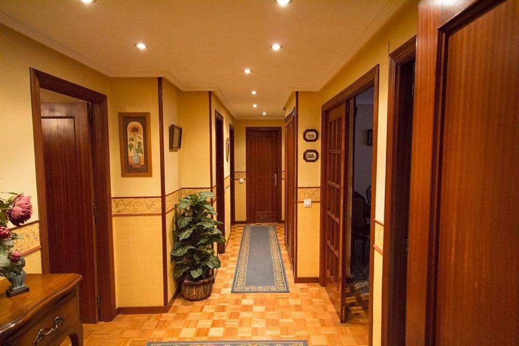 Piso en alquiler en calle José María Fernández Buelta, Vallobin-La Florida-Las Campas en Oviedo - 343360733