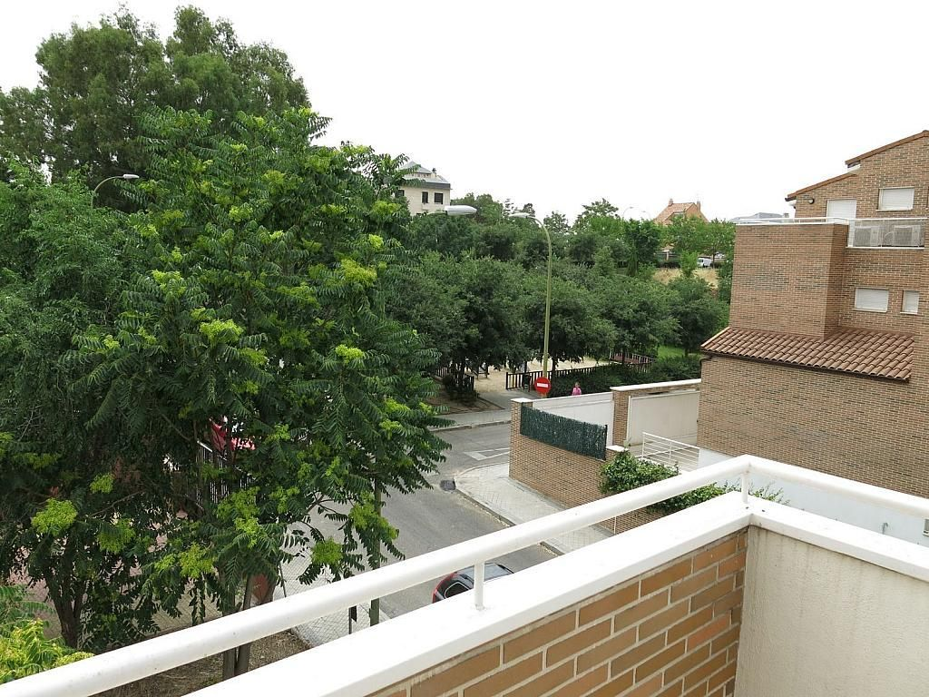 Casa adosada en alquiler en calle Basilio Prado, Mirasierra en Madrid - 334323735