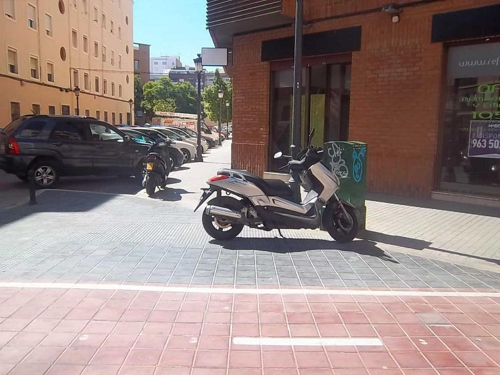 Local comercial en alquiler en calle Salvador Ferrandis Luna, L´Olivereta en Valencia - 332161360
