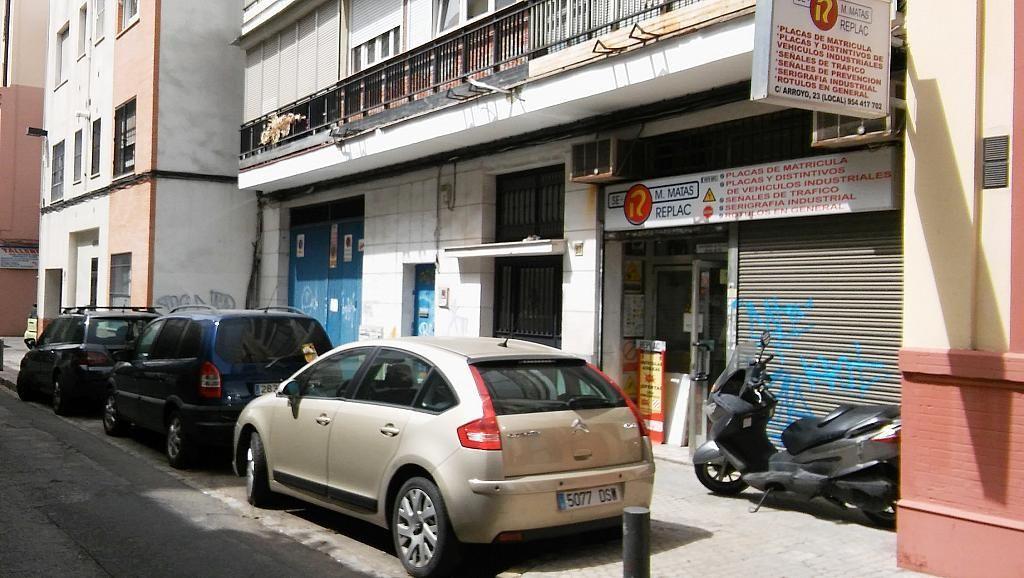 Chalet en venta en calle arroyo 5 adidum for Pisos en calle arroyo sevilla