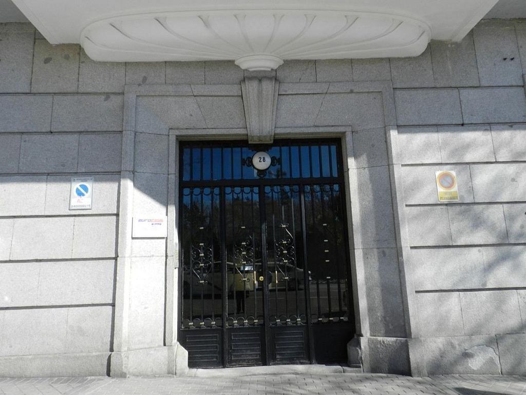 Local comercial en alquiler en calle De Ferraz, Argüelles en Madrid - 339149710