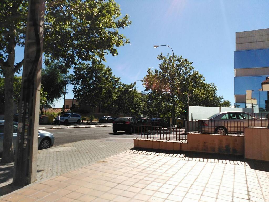 Local comercial en alquiler en calle Moscatelar, Canillas en Madrid - 357163986