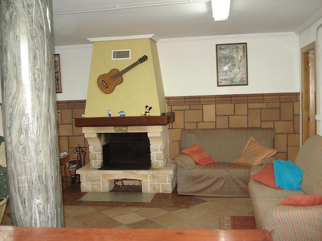 Chalet en alquiler en calle , Almarda, de (py) - 329574106