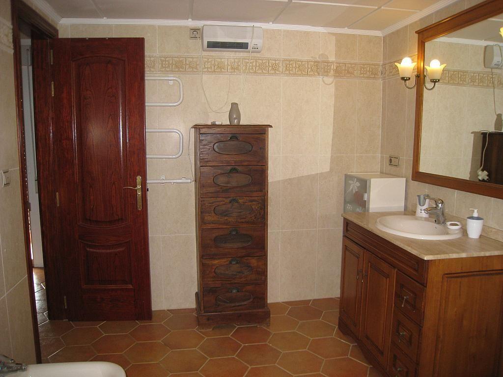 Baño - Chalet en alquiler en Pueblo Español-Coveta Fumá en Campello (el) - 161026375