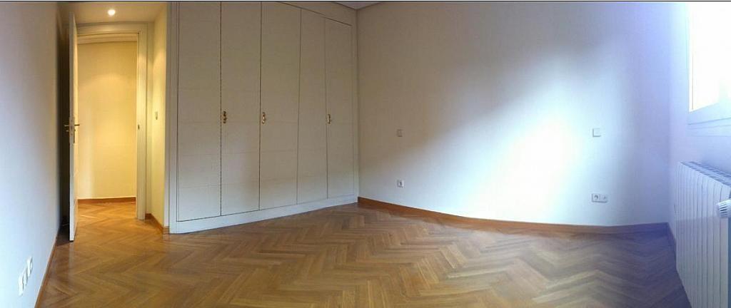 Salón - Dúplex en alquiler en calle Pirineos, Ciudad Universitaria en Madrid - 217437875