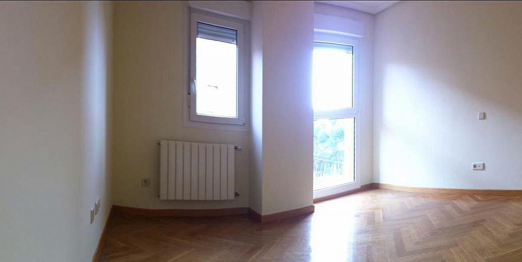 Salón - Dúplex en alquiler en calle Pirineos, Ciudad Universitaria en Madrid - 217437876