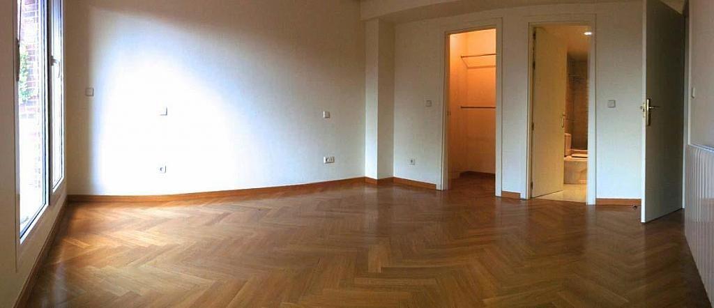 Salón - Dúplex en alquiler en calle Pirineos, Ciudad Universitaria en Madrid - 217437878