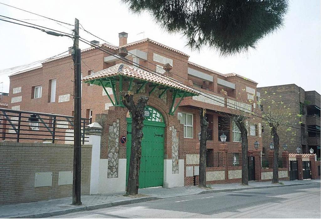Fachada - Dúplex en alquiler en calle Pirineos, Ciudad Universitaria en Madrid - 217437914