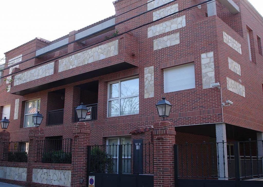 Fachada - Dúplex en alquiler en calle Pirineos, Ciudad Universitaria en Madrid - 217437915